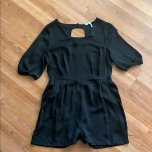 0d51f901b831 Black French Connection Short Sleeve Romper
